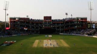 Karnataka take advantage of dropped catches