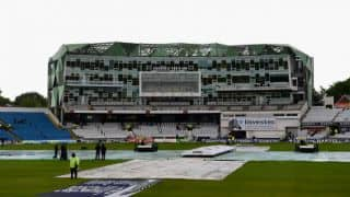 England vs New Zealand 2nd Test at Headingley Day 1; Rain forces early Lunch
