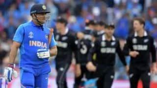 पाक मंत्री ने भारत की हार पर धोनी को लेकर की अपमानजनक टिप्पणी