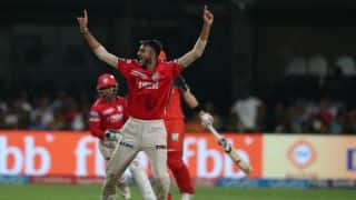 KXIP beat RCB by 19 runs in IPL 10, Match 43; keep playoff hopes alive