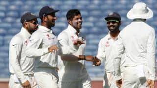 कोलकाता टेस्ट: भारतीय गेंदबाजों ने 34 साल बाद दोहराया इतिहास