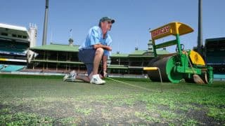 Tom Parker resigns as Sydney Cricket Ground curator