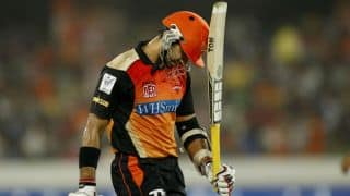 Naman Ojha dismissed by Imran Tahir for 12 during IPL 2015 Match 13 between SRH and DD