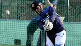 Dhoni learns to play the helicopter shot