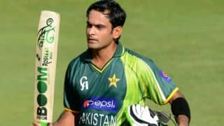Mohammad Hafeez run out for 4 in Bangladesh vs Pakistan, 1st ODI at Dhaka