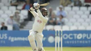 Sangakkara re-signs with Surrey