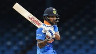 Shikhar Dhawan hit on the back of the neck during 5th unofficial ODI