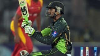 Shoaib Malik, Sohaib Maqsood dismissed against Zimbabwe in 2nd T20I at Harare