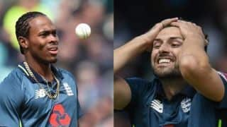 Cricket World Cup 2019: Injury scare for England after Mark Wood and Jofra Archer taken off field in Australia warm-up
