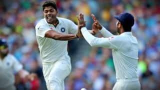 उमेश यादव ने झटके 7 विकेट, 106 रन पर सिमटी केरल की पहली पारी