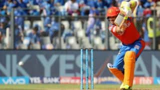 IPL 2017: McCullum, Karthik power GL to 176/4 against MI