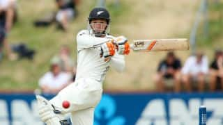 New Zealand closing in on victory against Somerset in warm-up match at Taunton