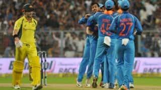 भारत के खिलाफ जीत के लिए 'ऑस्ट्रेलियाई तरीके' से क्रिकेट खेलना होगा: डेविड वॉर्नर