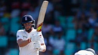Joe Root 60 not out helps England gain a 261-run lead at stumps on Day 3, 1st Test at Durban