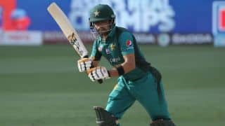 Imad and babar azam shines as Pakistan raid Australia in Abu Dhabi T20