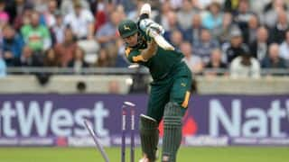 Hales' miserable form continues as Northamptonshire beat Nottinghamshire by 8 runs