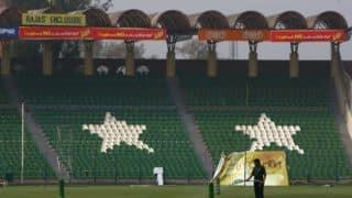 पाकिस्तान-वर्ल्ड इलेवन की टी20 सीरीज 'फ्लॉप', स्टेडियम में नहीं पहुंच रहे दर्शक