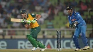Faf du Plessis, JP Duminy guide South Africa
