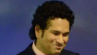 Sachin Tendulkar, Indian team laugh at injured player
