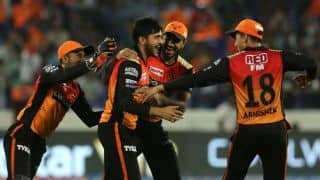 SRH vs KXIP LIVE: Powerplay update - Kings XI Punjab lose Chris Gayle early in chase of 213; post 44/1 in six overs