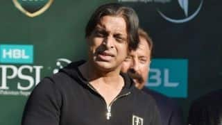 Shoaib Akhtar slams Sarfaraz Ahmed for racist comments