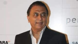 Gavaskar rings the Eden Gardens bell