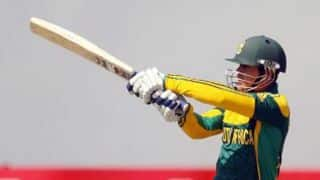 Quinton de Kock dismissed for 2; South Africa 2/1 after the first over