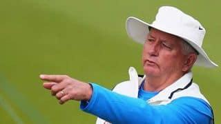 India vs Australia 2nd ODI at Melbourne: Duncan Fletcher seen talking!