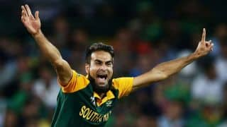 Australia restricted to 157-9 by resilient South Africa following rampant start