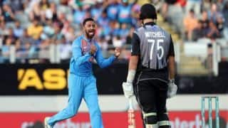 2nd T20I: India limit New Zealand to 158 after umpiring howler