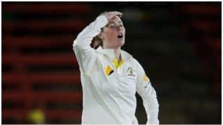 महिला एशेज- अमांडा वेलिंग्टन ने दिलाई शेन वॉर्न की याद, फेंकी 'बॉल ऑफ द सेंचुरी'!