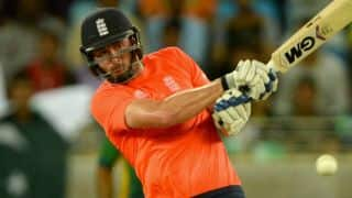 James Vince's healthy 46 propels England to 154 against Pakistan in 3rd T20I at Sharjah