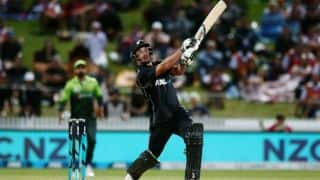 Colin de Grandhomme's smashing fifty helps New Zealand thrash Pakistan by 5 wickets in 4th ODI
