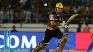 IPL 2017:Chris Lynn hits 275 meter long shot in friendly golf competition