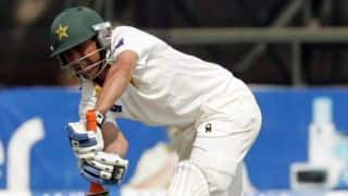 Younis Khan delivers in yet another crisis situation