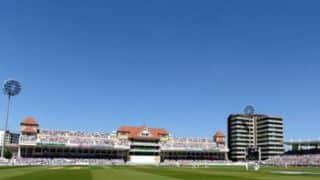 Karnataka extend lead to 269 against Mumbai