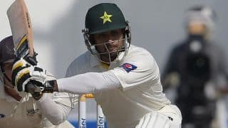 Pakistan vs New Zealand 2014, 3rd Test at Sharjah Day 4: Mohammad Hafeez dismissed for 24; Pak 36/4