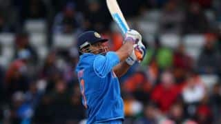 Dhoni hammers Amit Mishra in practice session