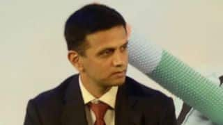 Dravid does not support Sarita Devi's medal refusal