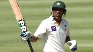 Younis continues to torment SL at Lunch on Day 2