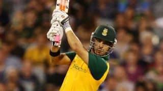 South Africa make dismal start to India tour