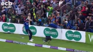 One-handed catch during fifth England - Pakistan ODI earns fan trip to Australia