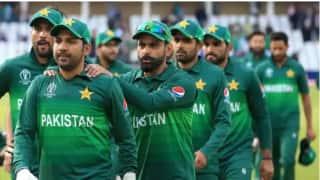 विराट कोहली की टीम इंडिया से डरती है पाकिस्तान: वकार यूनुस
