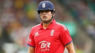 Alastair Cook says backing from England teammates urged him to continue as captain