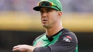 Pietersen fined for a taking jibe at umpire's decision in BBL semi-final clash