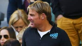 Warne criticized for posting topless Instagram picture