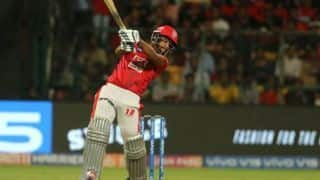 RCB vs KXIP LIVE: 2nd Strategic time-out - KXIP edge ahead courtesy Nicolas Pooran burst