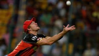 VIDEO: Watson, Wiese unite to take a stunning catch in RCB vs DD, IPL 2016