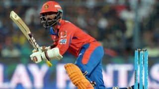 IPL 2017: Dinesh Karthik completes 100 IPL dismissals as wicketkeeper