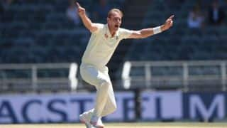 Stuart Broad extends two-year contract with Nottinghamshire
